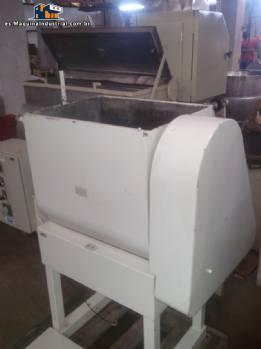 Mezclador industrial para masas con 80 litros fabricante Siaht