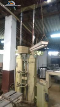 Máquina para el torneado de tubos metálicos Demag Nagel